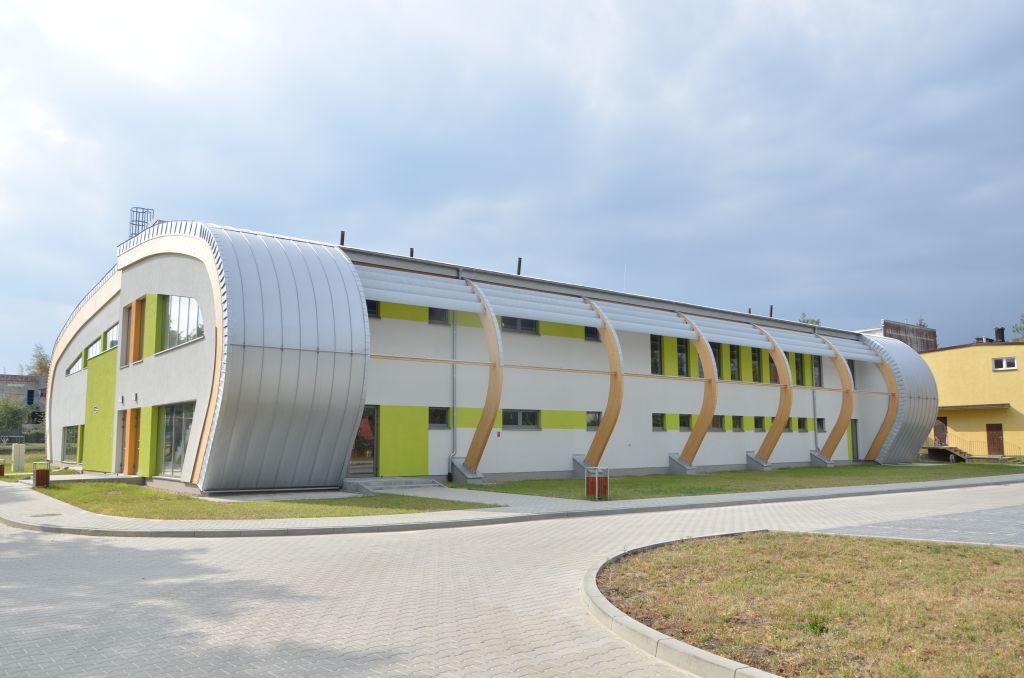 Ilustracja do informacji: Gminna Hala Sportowa w Bezledach