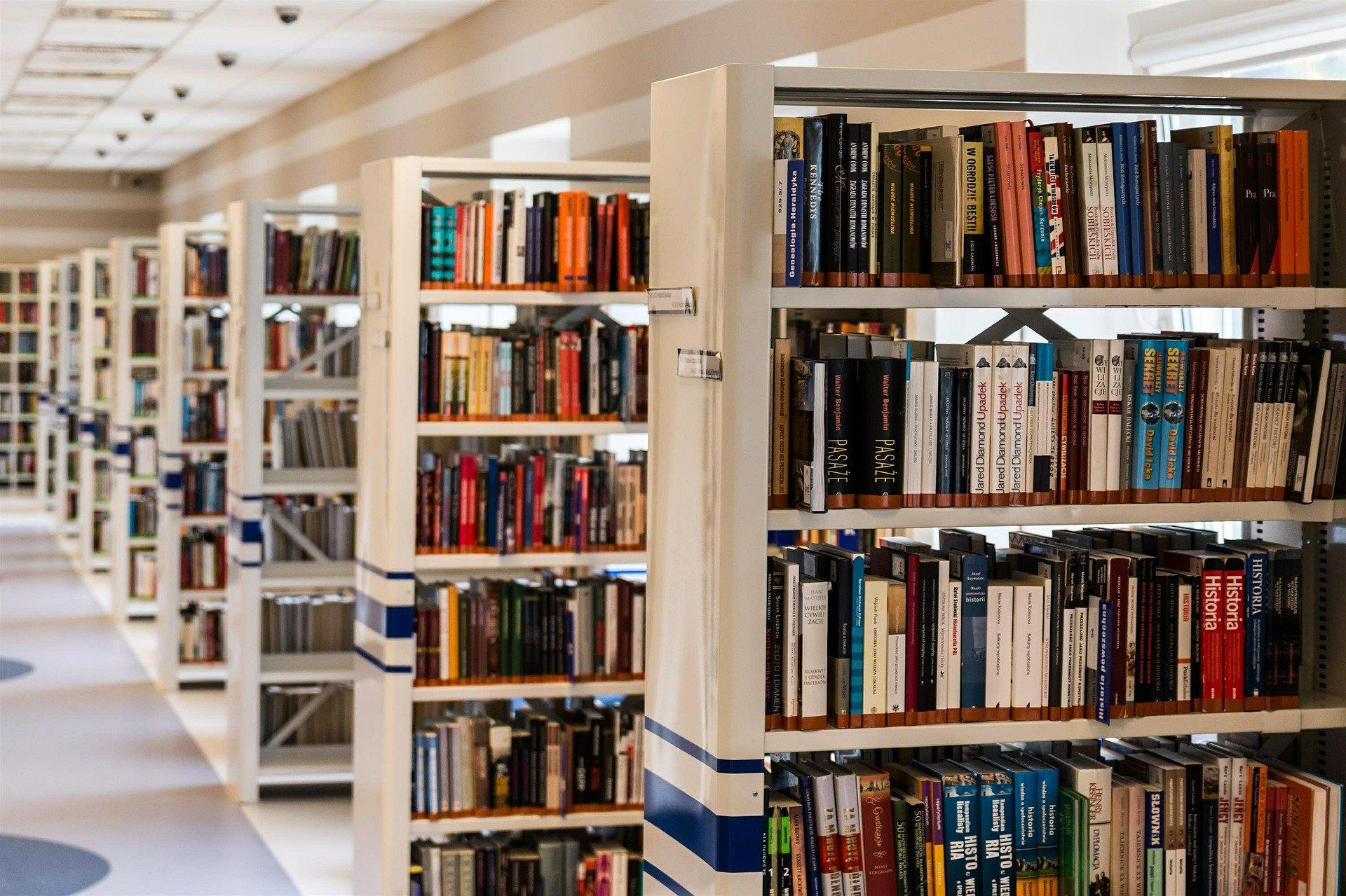 Ilustracja do informacji: OGŁOSZENIE o zamiarze połączenia: Gminnej Biblioteki Publicznej w Galinach z Centrum Kultury Gminy Bartoszyce z siedzibą w Bezledach