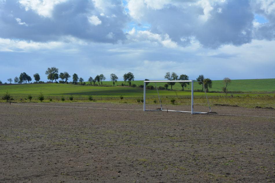 Ilustracja do informacji: Modernizacja boiska w Tolko